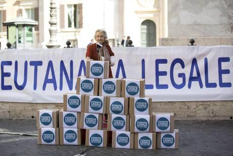 eutanasia-legale.jpg?itok=l8ljPW5o