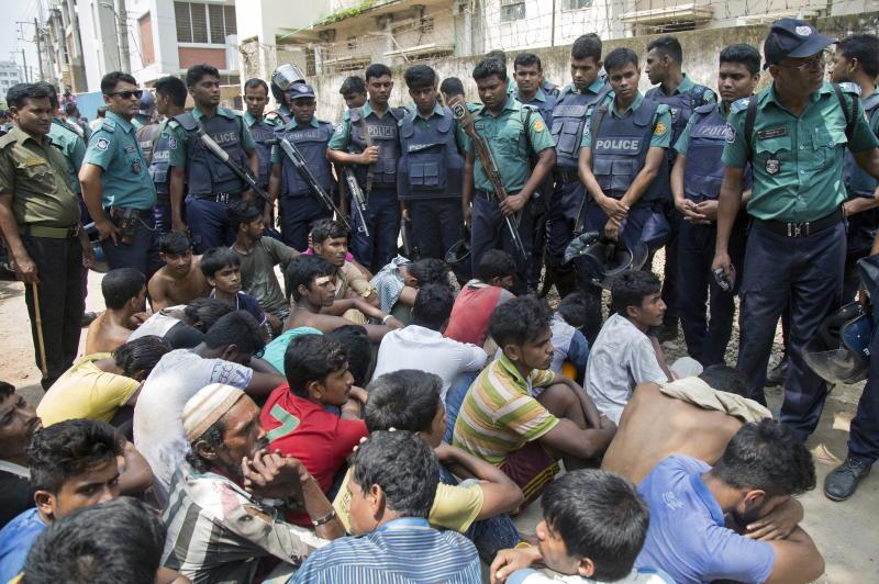 guerra alla droga in bangladesh: soldati e detenuti