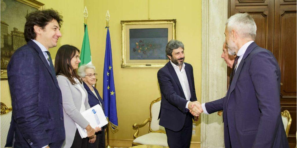 Foto dell'incontro con il presidente Fico. presenti Marco Cappato, Filomena Gallo, MIna Welby, Marco Perduca e Carlo Troilo