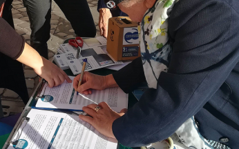 Tavolo di raccolta firme sull'appello ai parlamentari per la discussione della proposta di legge popolare eutanasia legale