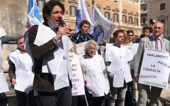 Manifestazione davanti Montecitorio per la legalizzazione dell'eutanasia - 28 marzo 2019