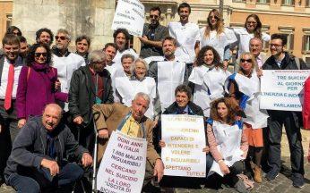 Manifestazione marzo 2019 davanti a Montecitorio per l'eutanasia legale